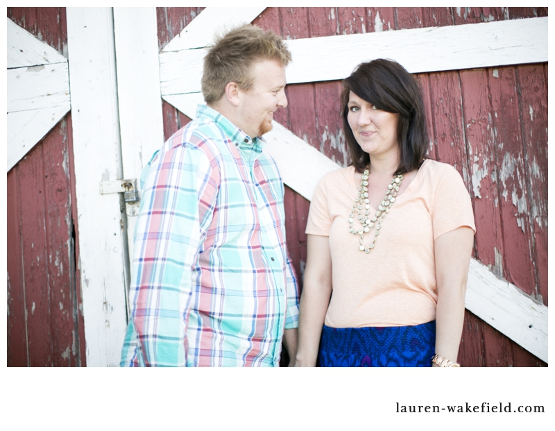 Barn engagement photos, st. charles, Chicago wedding photographer, field engagement photos, chicago engagement photographer