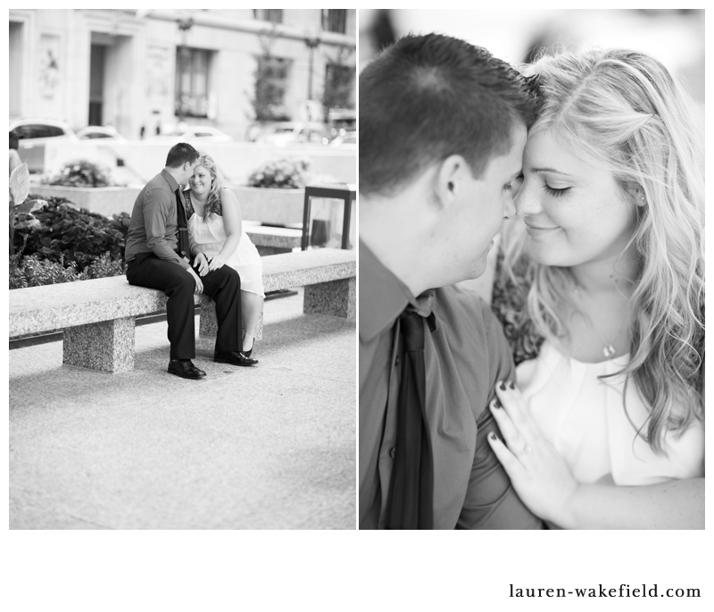 chicago wedding photographer, engagement photos, downtown chicago engagement photos_003
