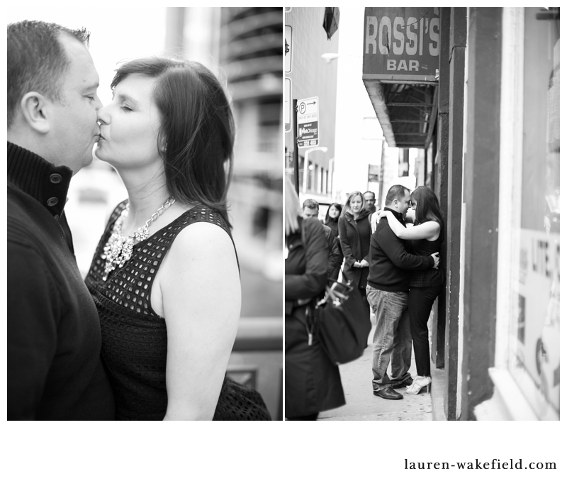 chicago engagement photographer, chicago wedding photographer, chicago engagement photos, downtown chicago engagement photos_002