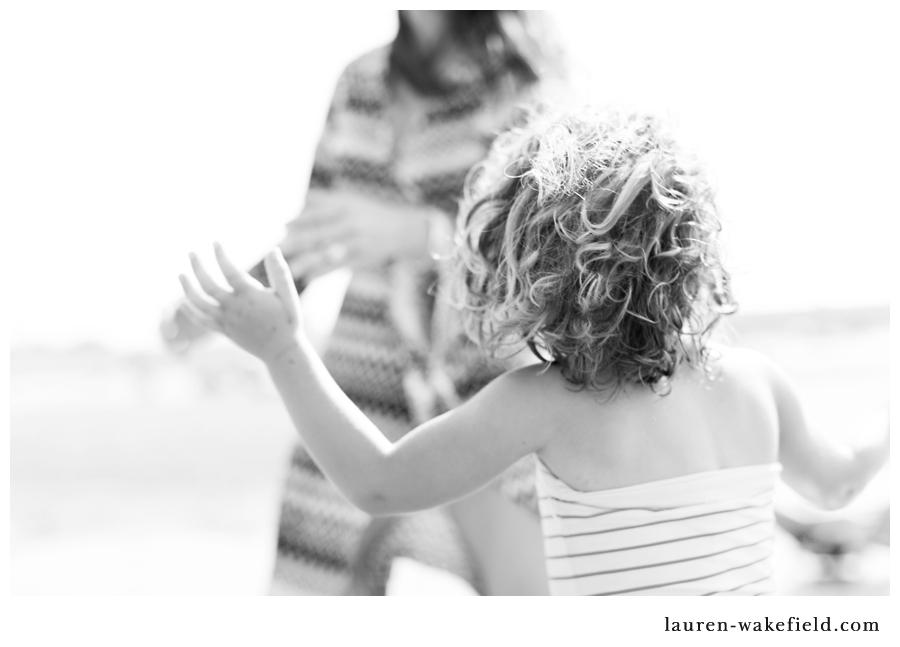 belvins, scituate wedding photographer, lifestyle family photographer, beach family photos_001